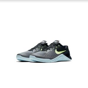 Nike Metcon 3 training shoe